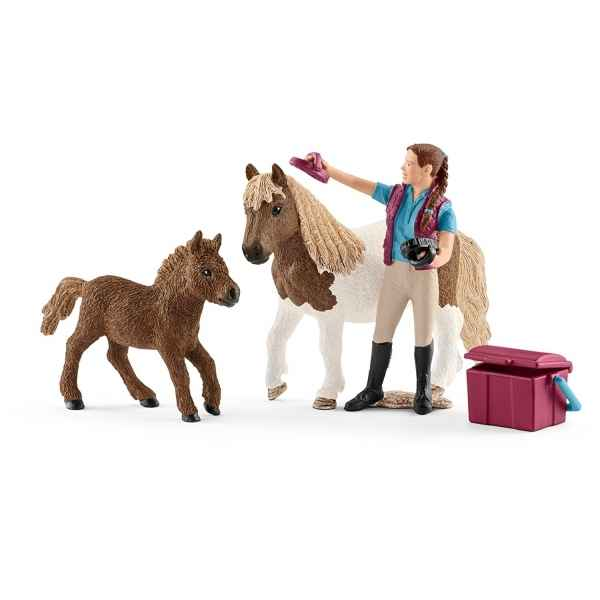 parcours de saut d 39 obstacles schleich sur collection figurines poulain clydesdale schleich. Black Bedroom Furniture Sets. Home Design Ideas