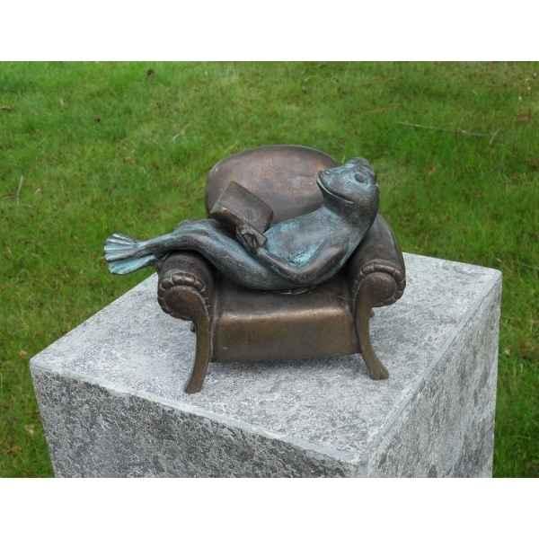 grenouille lisant dans fauteuil an1715brw v - Fauteuil Grenouille